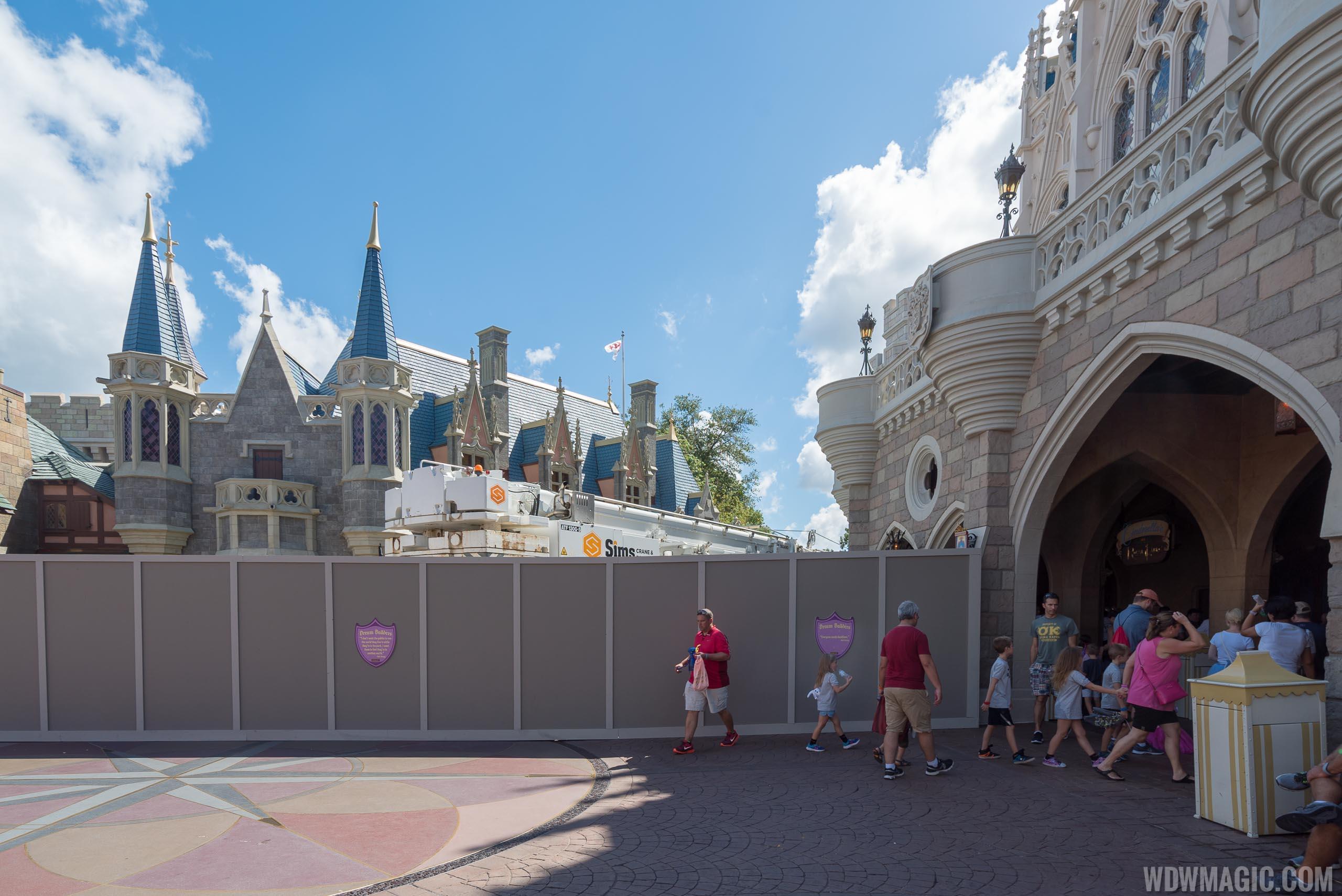 Castle Dreamlights installation 2018