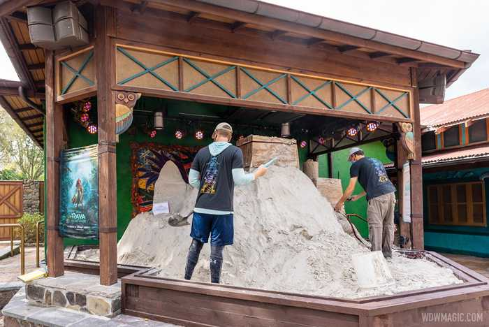 'Raya and the Last Dragon' sand sculpture - Day 1