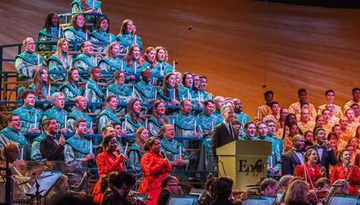 Change to the Candlelight Processional narrator line-up for Christmas Eve and Christmas Day