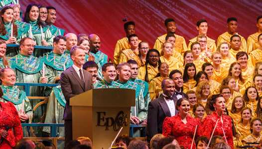 Chita Rivera withdraws from the Candlelight Processional