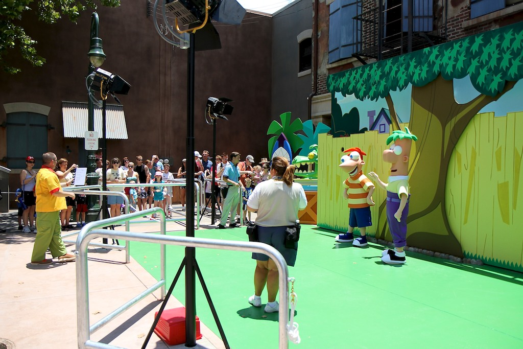 Phineas & Ferb meet and greet