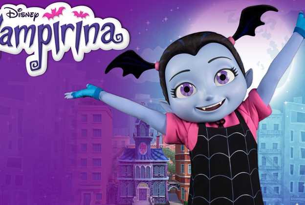 Vampirina meet and greet character