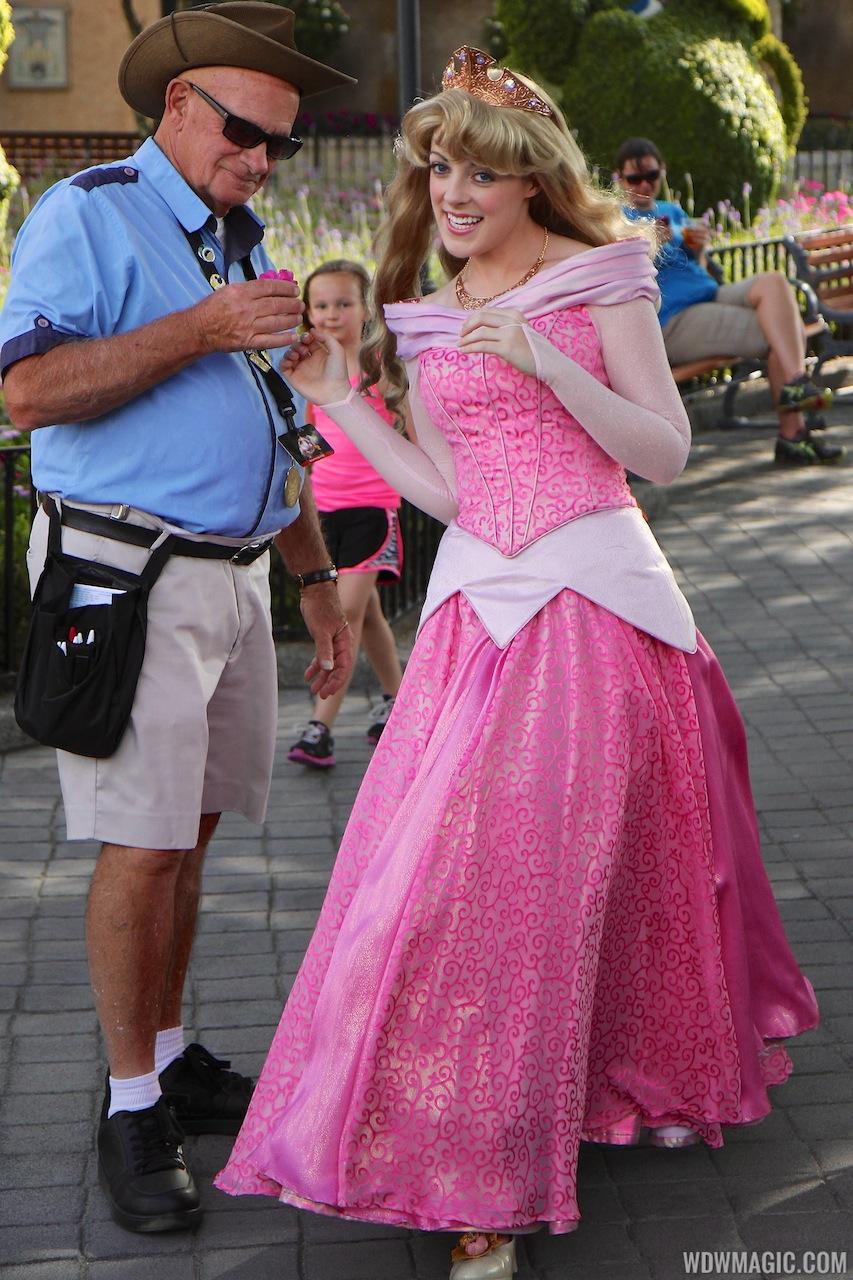 Photos princess aurora gets a makeover for her meet and greet photos princess aurora gets a makeover for her meet and greet appearances m4hsunfo