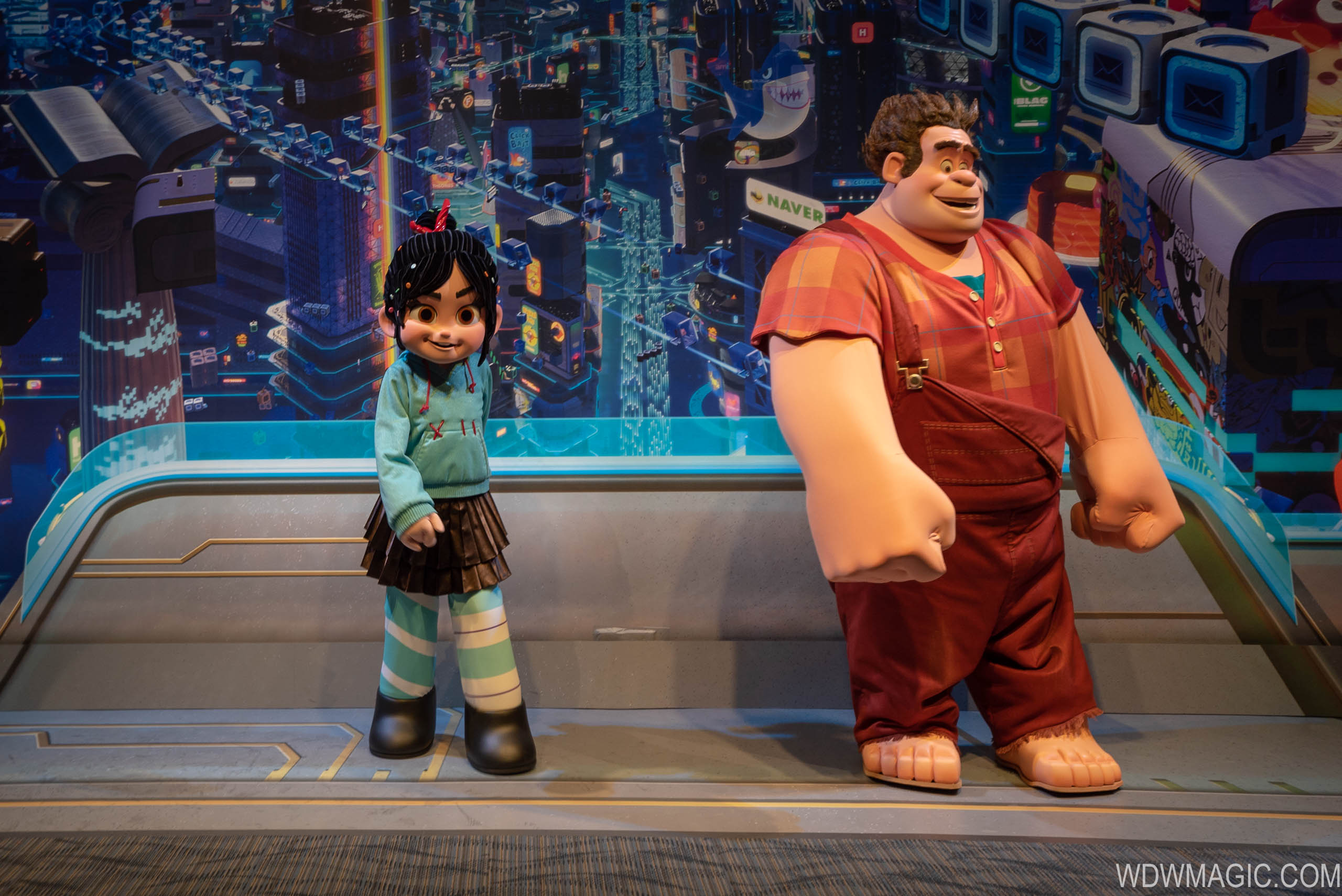 Wreck It Ralph and Vanellope meet and greet at Epcot