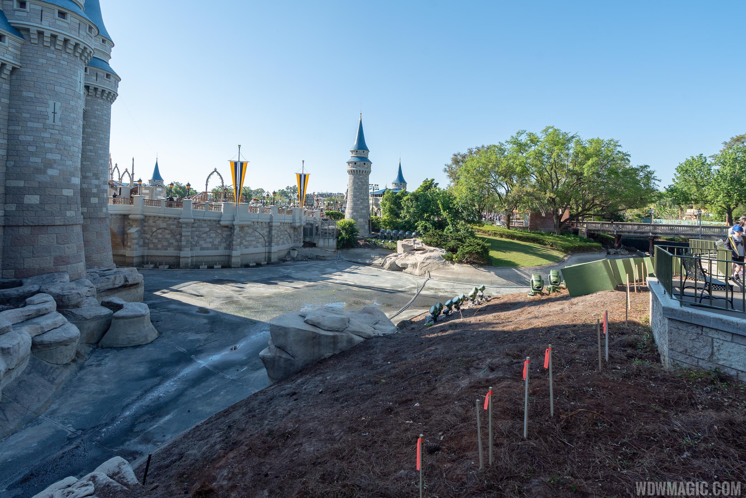 Liberty Square to Fantasyland walkway expansion construction