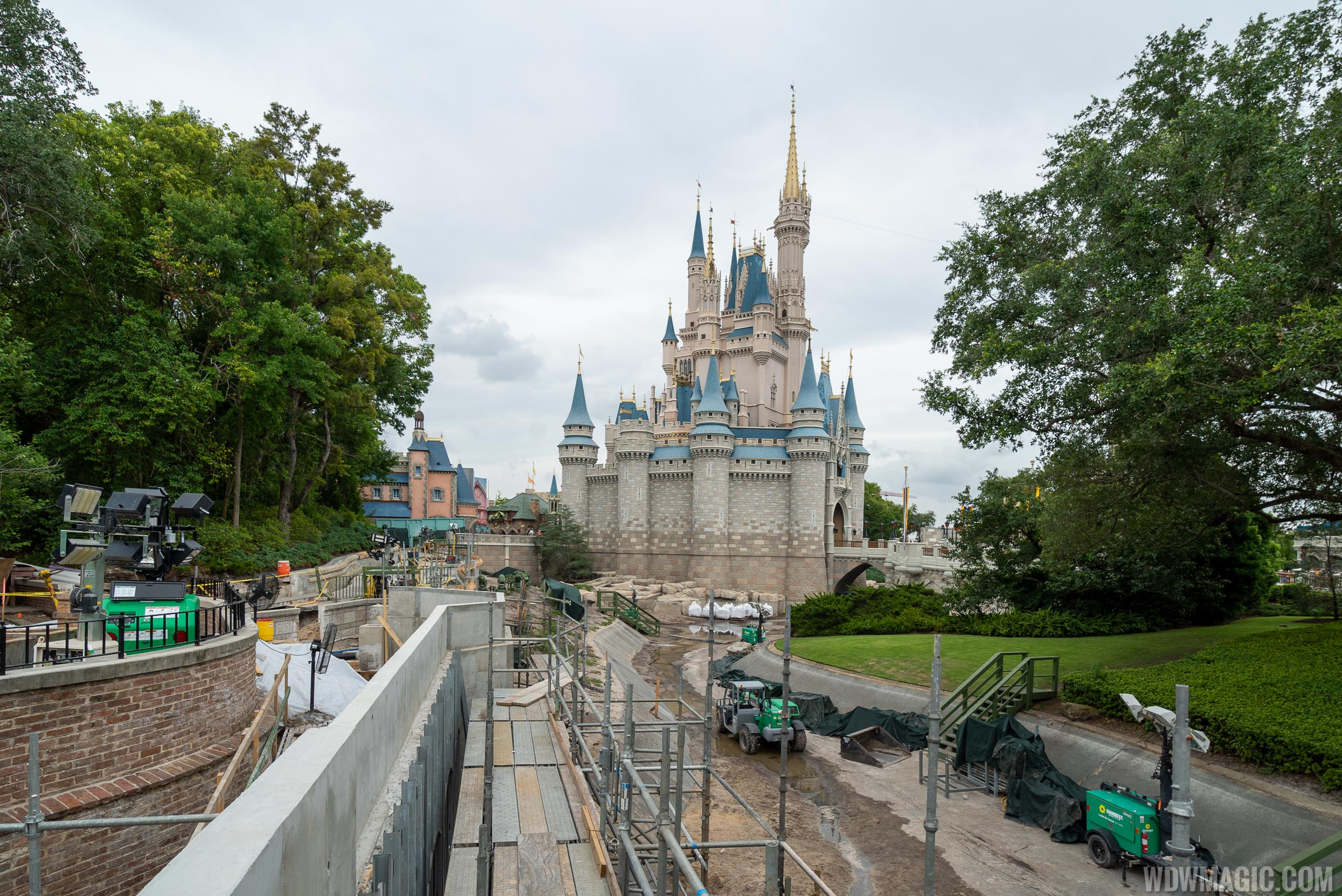 Liberty Square to Fantasyland walkway expansion construction - June 2019