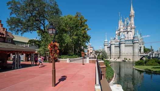 PHOTOS - A look at the newly widened walkway between Liberty Square and Fantasyland