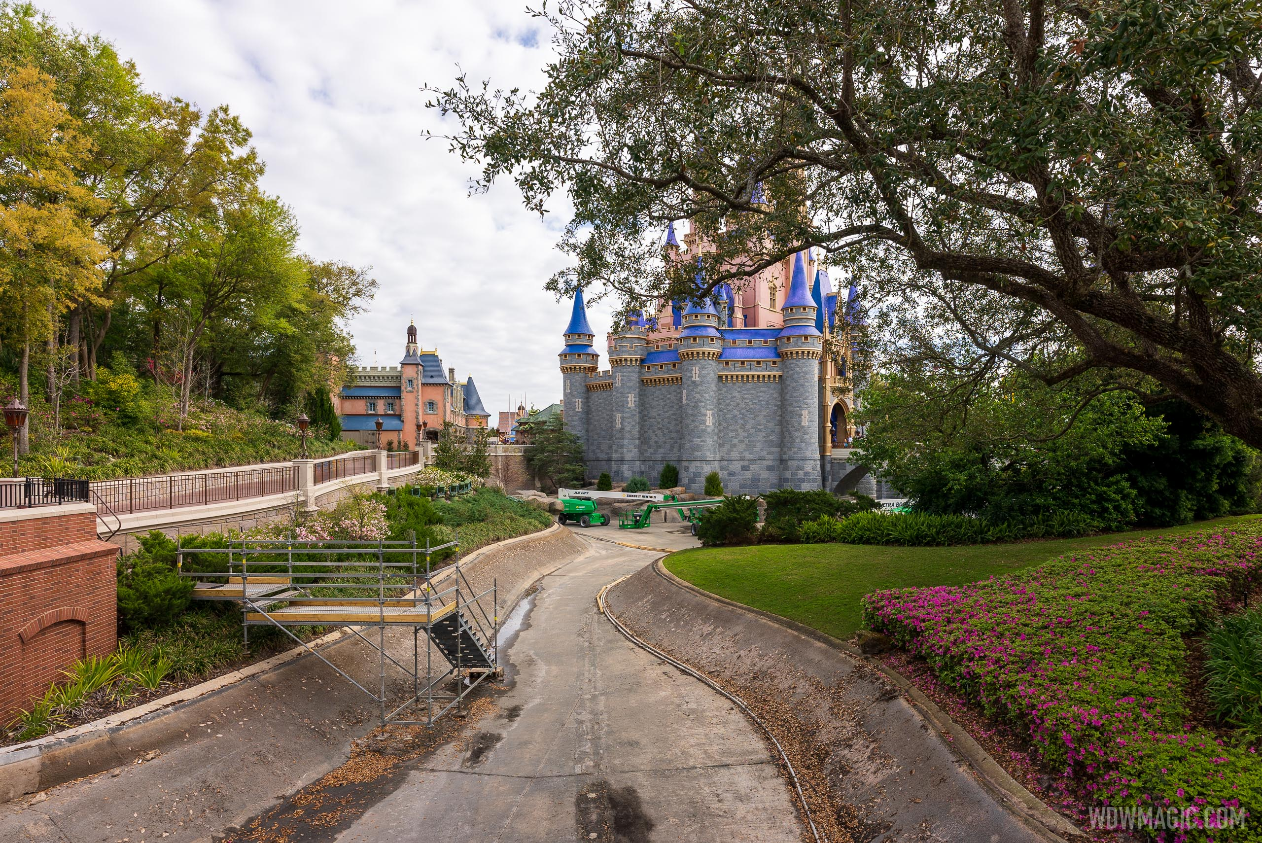 Cinderella Castle stage refurbishment - March 8 2021
