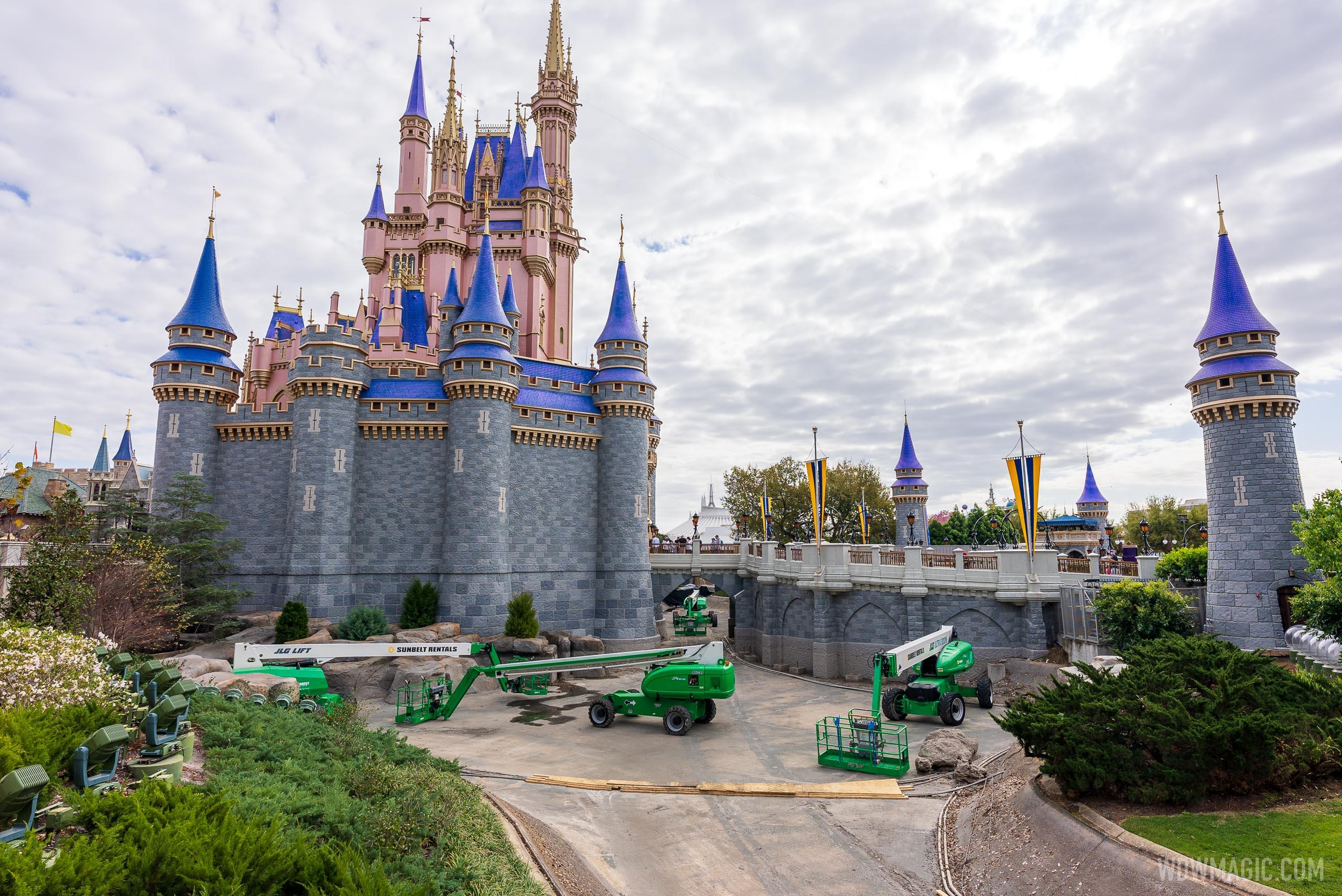Cinderella-Castle_Full_41272.jpg