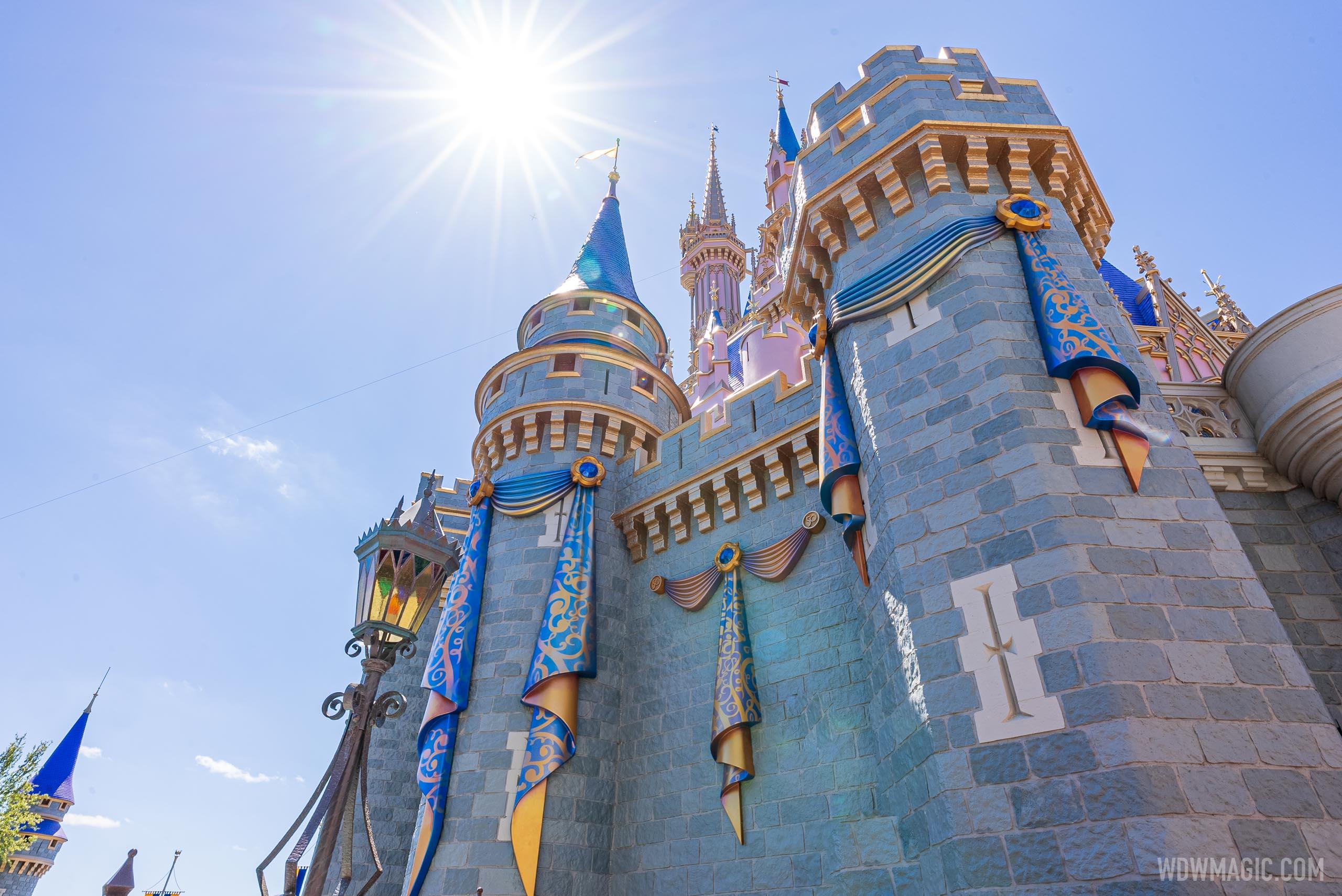 Cinderella-Castle_Full_41381.jpg