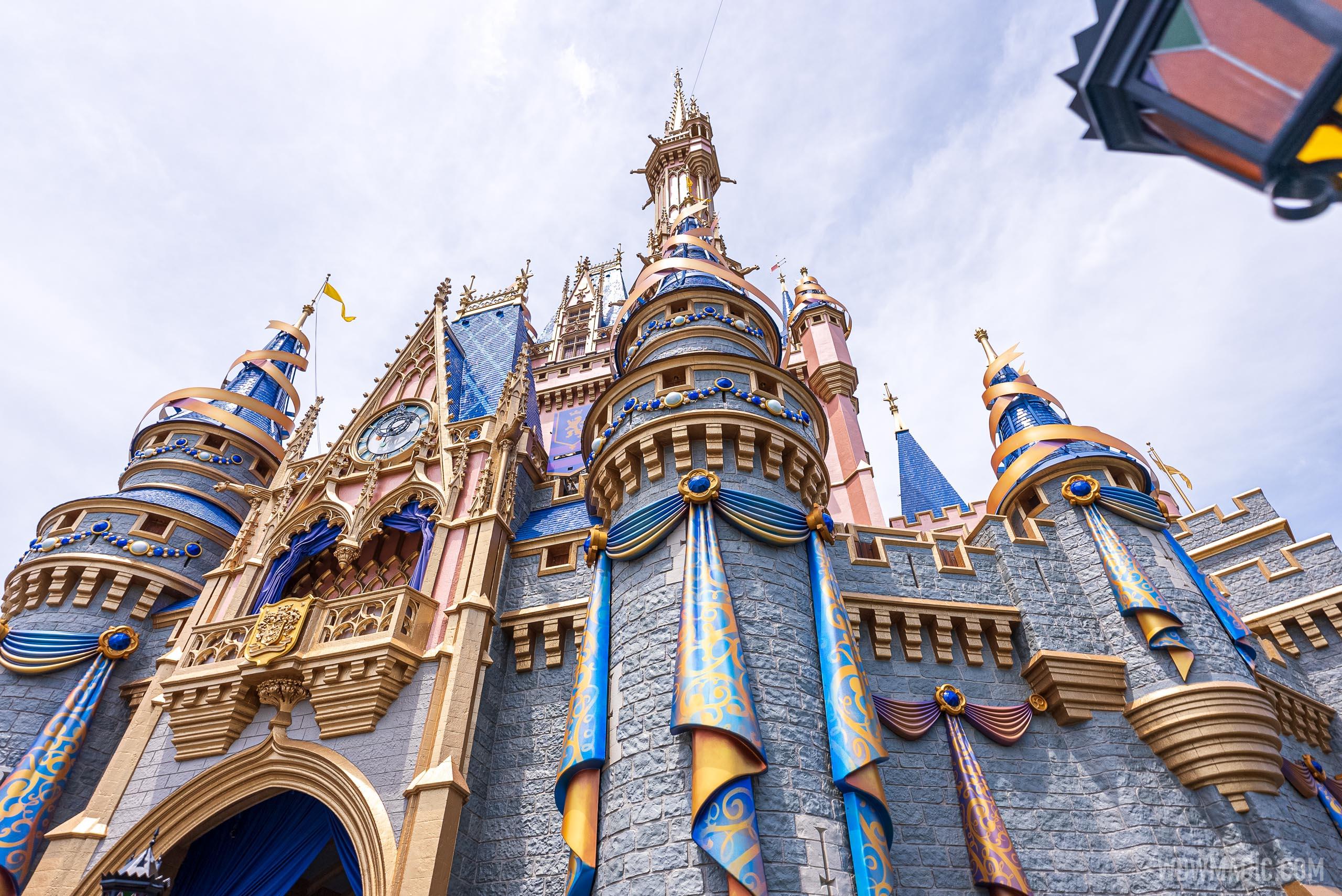 Cinderella-Castle_Full_41681.jpg