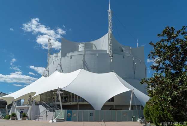 Cirque du Soleil walled off ahead of new show