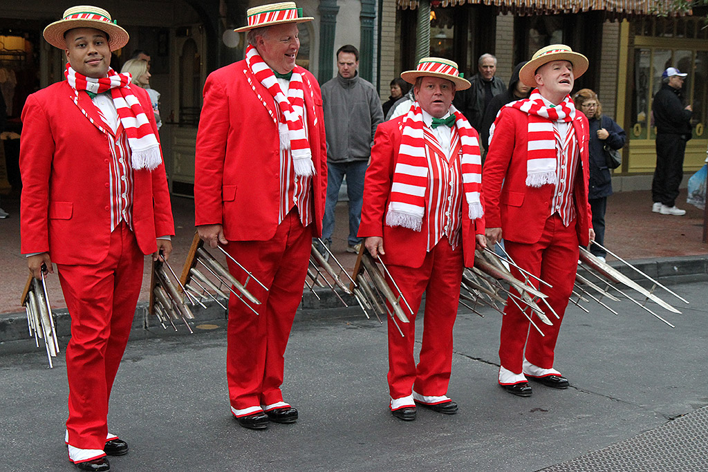 Dapper Dans holiday performance