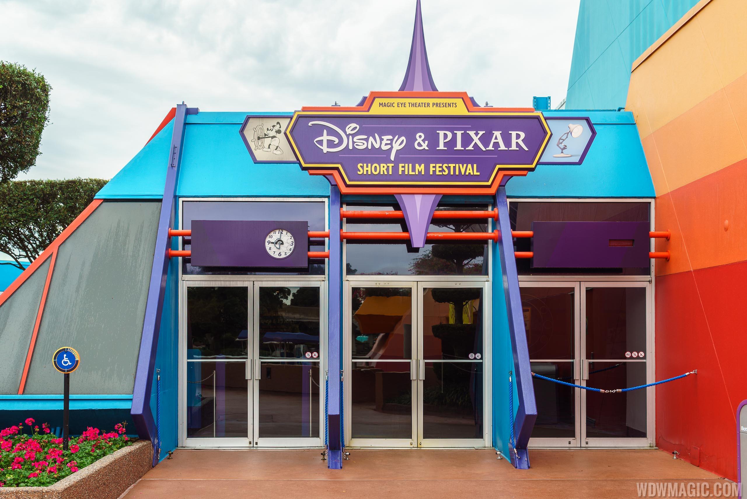 Resultado de imagem para Pixar Shorts disneyland park