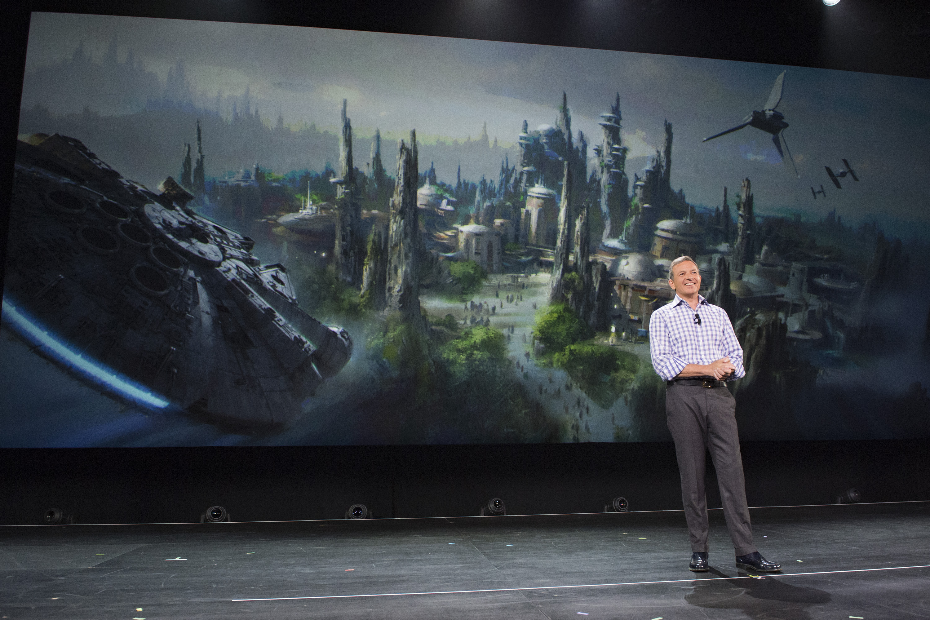 Bog Iger announcing Star Wars Land