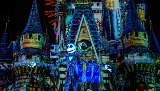 VIDEO - Disney's Not So Spooky Spectacular debuts at Mickey's Not-So-Scary Halloween Party