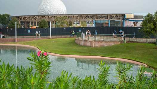 PHOTOS - Innoventions West stripped to steel supports in Epcot's Future World