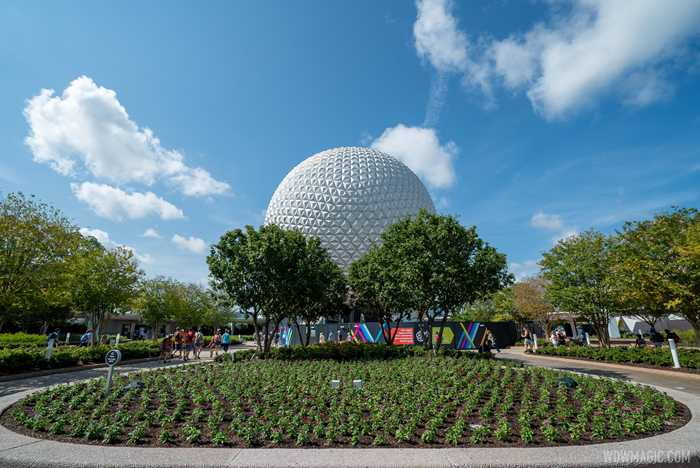 Epcot main entrance area - July 15 2020