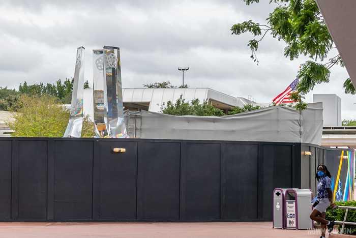 EPCOT main entrance fountain construction - October 5 2020