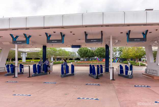 EPCOT's new tapstyle entrance signs