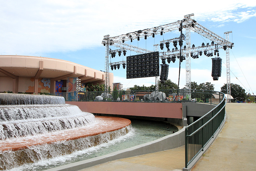Fountain stage setup for Disney's Volunteers party