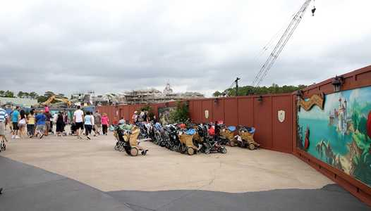 PHOTOS - Latest look at the Fantasyland construction site