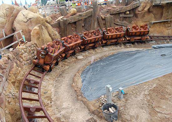 Seven Dwarfs Mine Train completes first drop<br />