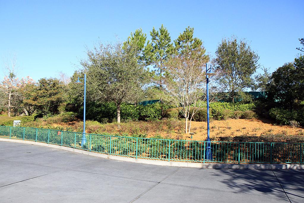 Expansion construction walls