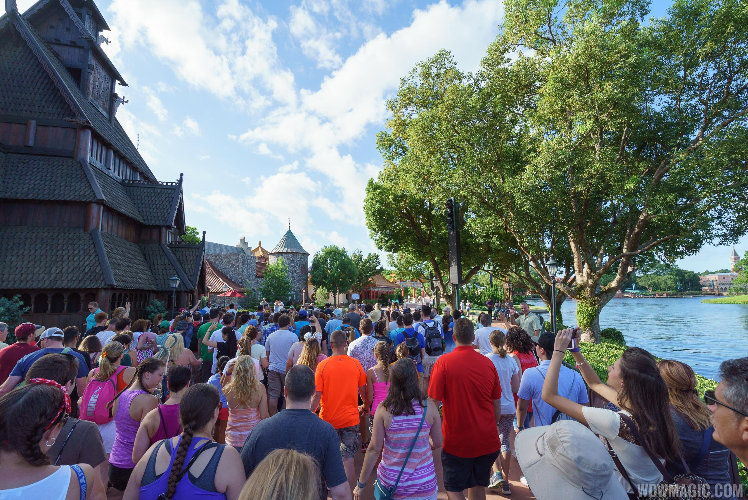 Crowds on opening morning at Frozen Ever After
