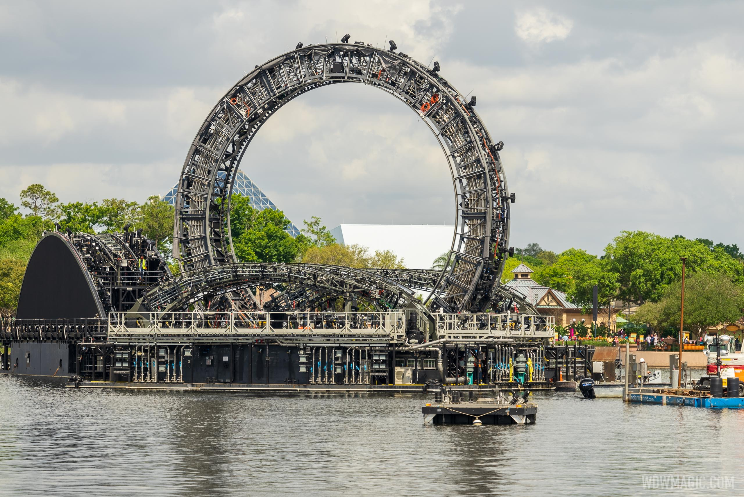 Harmonious firework barges in position - March 31 2021