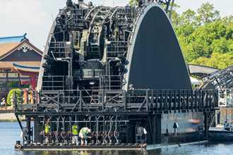 EPCOT'S Harmonious barges get a lot more black with new paintwork