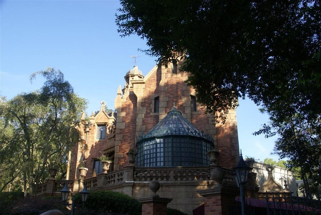 Haunted Mansion reopens after refurbishment