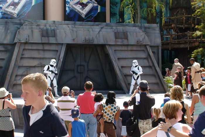 Star Tours Jedi Training Academy stage up and running