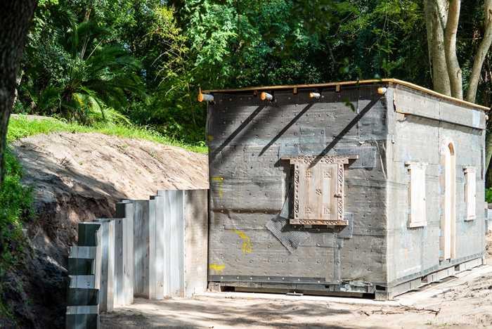 New building construction at Kilimanjaro Safaris - August 23