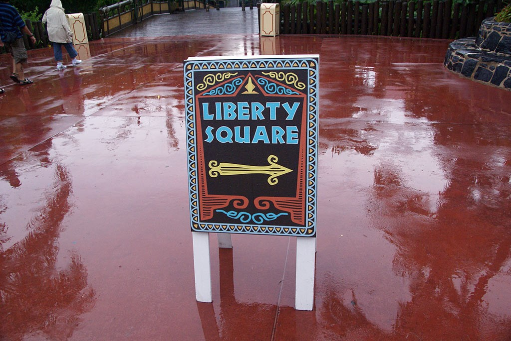 Liberty Square bridge construction