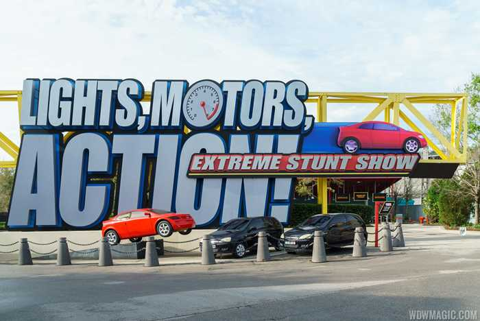 Lights, Motors, Action! Extreme Stunt Show - Show