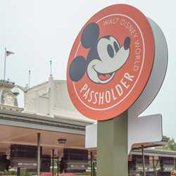 Magic Kingdom Annual Passholder entrance