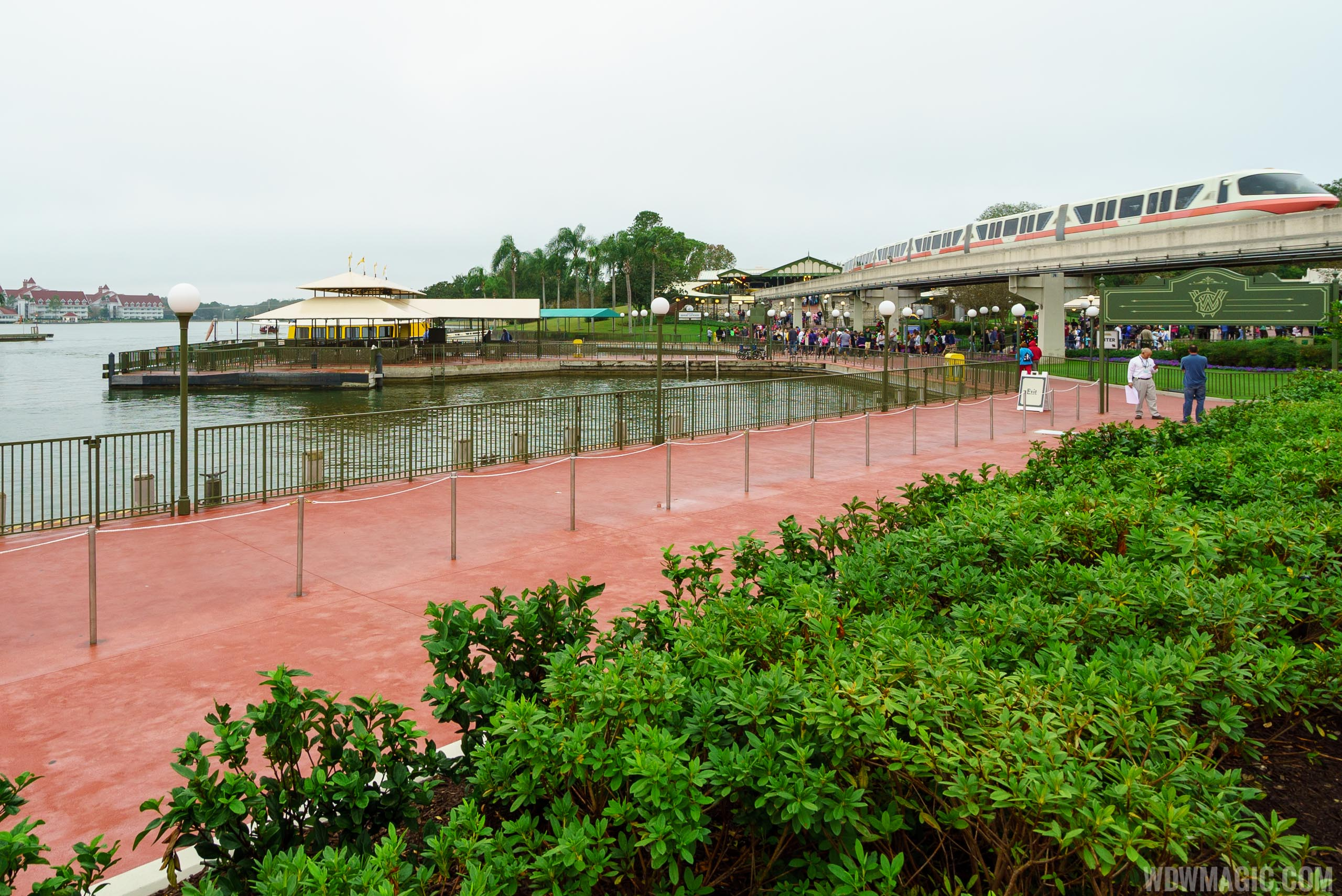 The new entry and exit walkway from the Ferryboat