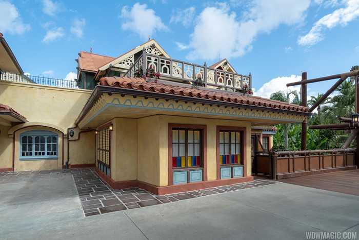 Magic Kingdom Club 33 entrance
