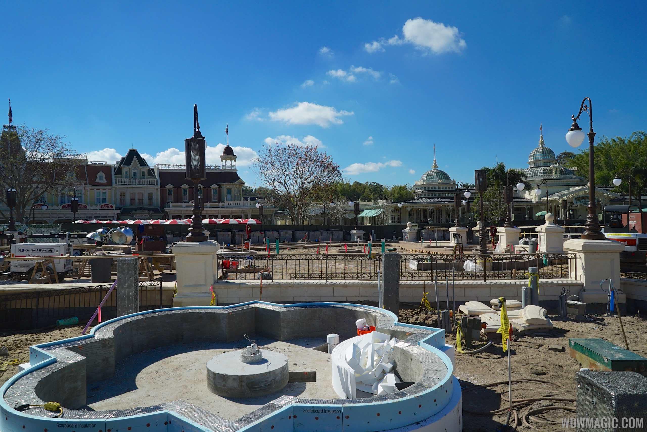 Main Street Plaza Gardens construction