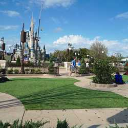 Main Street Plaza Gardens East walk-through