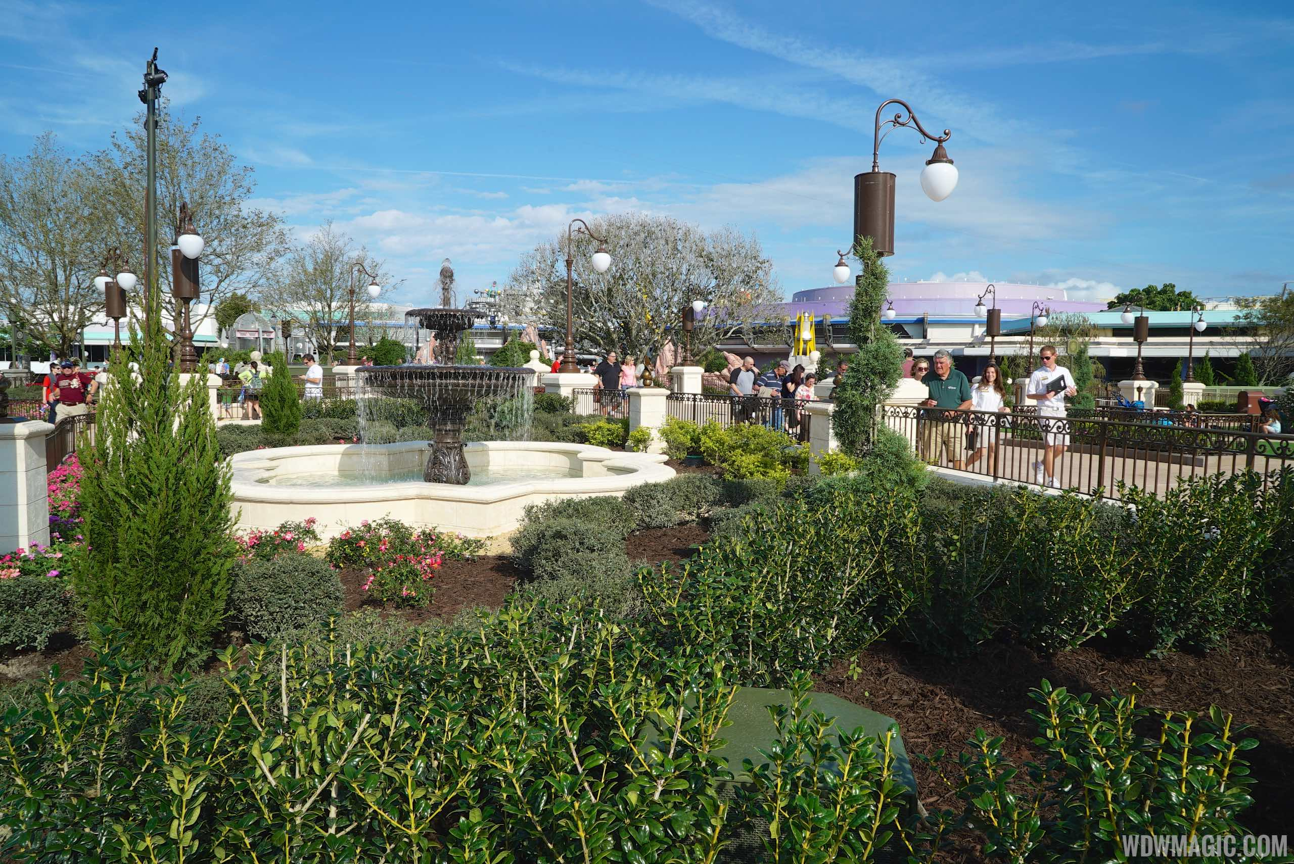 Main Street Plaza Gardens East