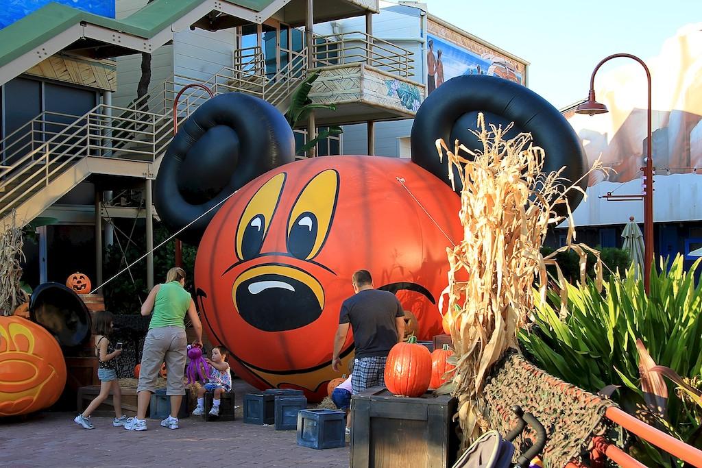 Downtown Disney halloween decorations