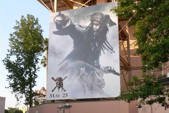 Huge new Pirates of the Caribbean movie poster installed