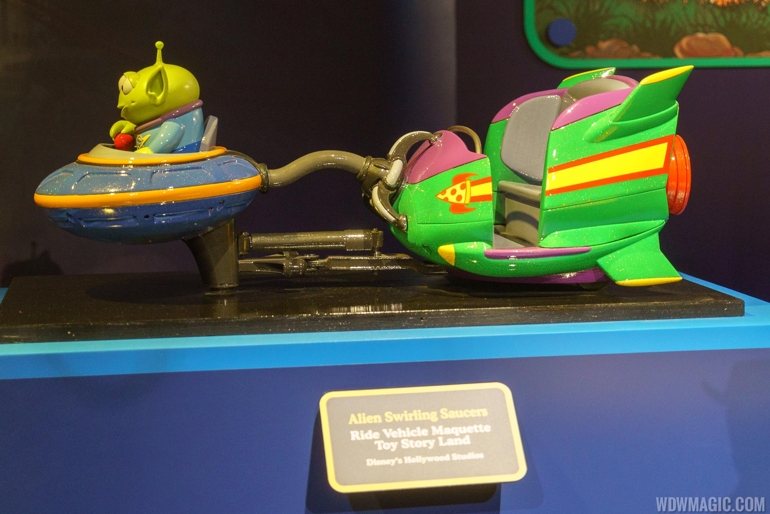 Alien Swirling Saucers ride vehicle