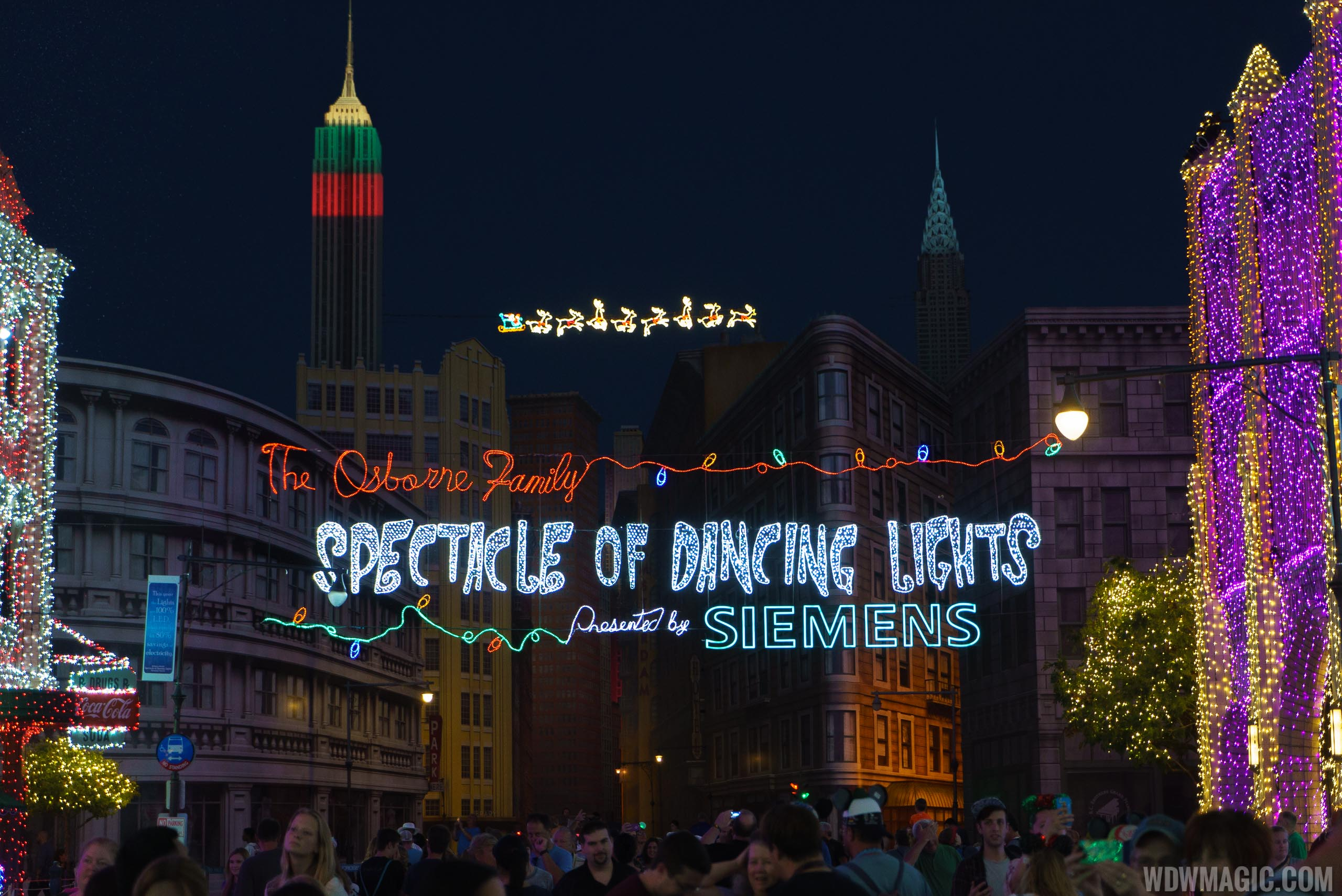 Osborne Family Spectacle of Dancing Lights 2015 show