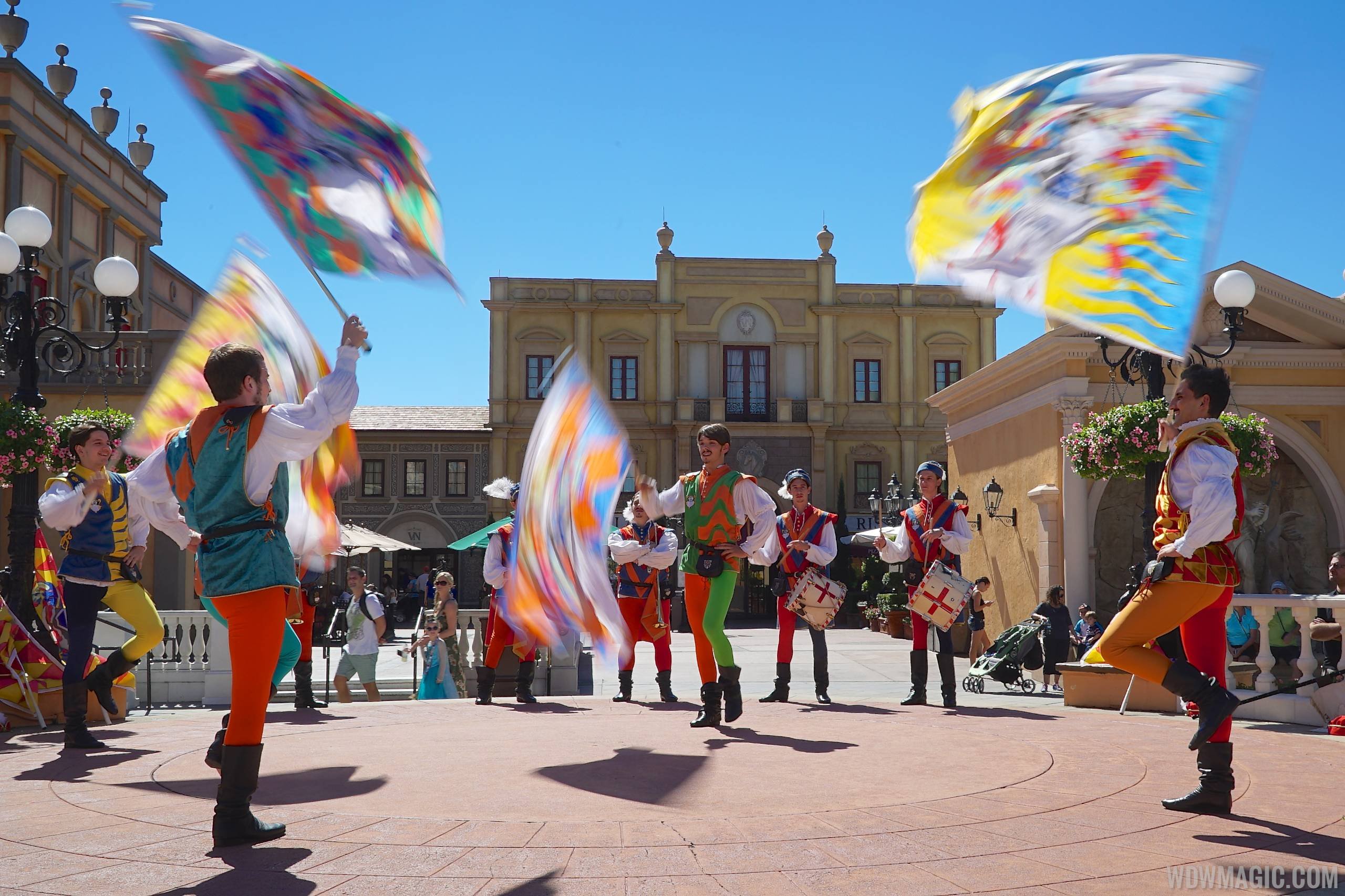 Sbandieratori Di Sansepolcro - Italy Flag Waving performance