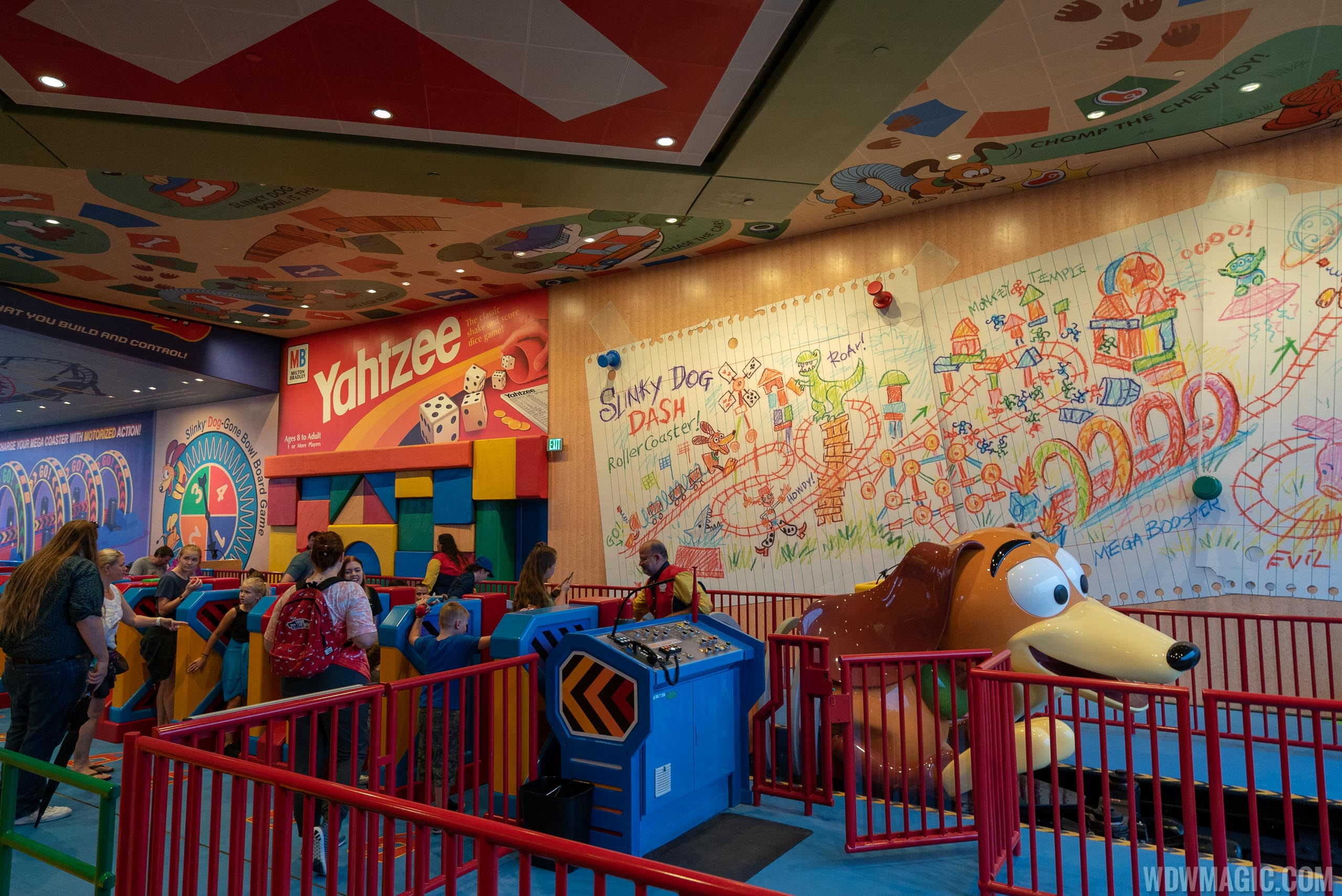 Slinky Dog Dash loading station