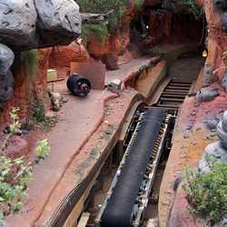 Splash Mountain drained for refurbishment