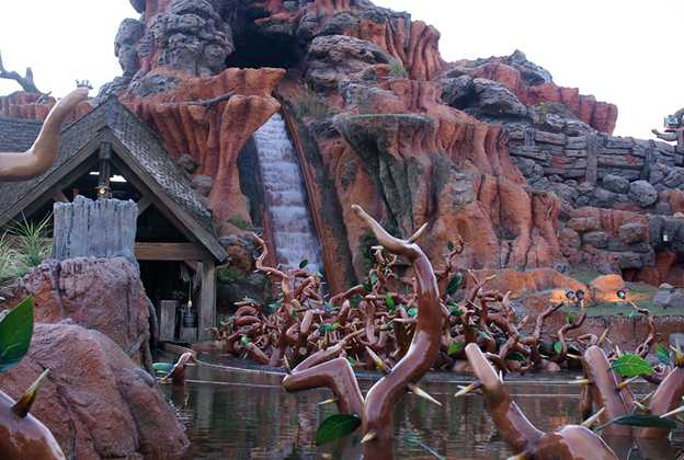 Splash Mountain refilled after refurbishment